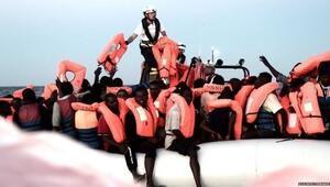 İnanılmaz İtalya yüzlerce göçmeni taşıyan gemiye limanlarını kapadı