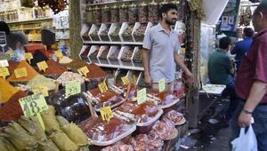 Mısır Çarşısı ve Mahmutpaşa'da bayram alışverişi durgun