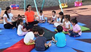 Süleymanpaşa'da çocuklar yoga ile tanıştı
