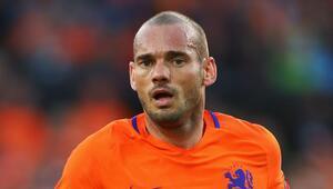 Bu ne hal Sneijder Şok görüntü...