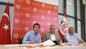 Bülent Korkmaz: Savaşan bir Antalyaspor yaratmak istiyoruz