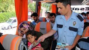 Eskişehirde otobüs şoförleri ve yolculara broşürlü uyarı