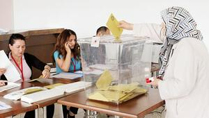Almanya'daki seçmenleri dörtte biri sandığa gitti