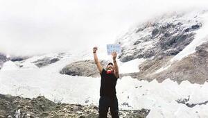 Babası için Evereste tırmandı