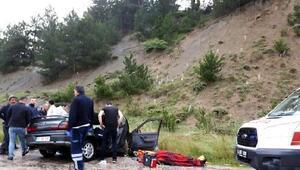 Kamyon ile otomobil çarpıştı: 1 ölü, 6 yaralı