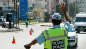 İstanbulda birçok yol trafiğe kapandı