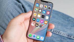 Küçük ekranlı iPhone SE 2yi bekleyenlere kötü haber