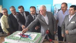 Başkan Alinur Aktaş, işçilerle birlikte yemek yedi