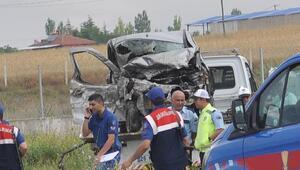 Eskişehirde kaza: Aynı aileden 5 kişi öldü, 2 kişi yaralı