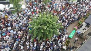 Eskişehirdeki kazada ölen 5 kişi, Bursada toprağa verildi