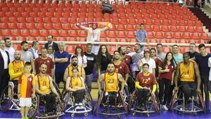 Sarı-kırmızılı takım final serisinde 1-0 öne geçti