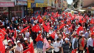 Dinarda kardeşlik yürüyüşü