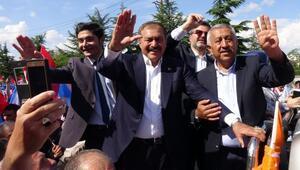 Bakan Eroğlu: İncenin yanında pazar akşamı bir hekim bulunsa isabet olur (2)