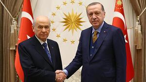 Son dakika: Bahçeliden Erdoğana tebrik telefonu