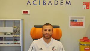 Beşiktaşlı futbolcular sağlık kontrollerinden geçti