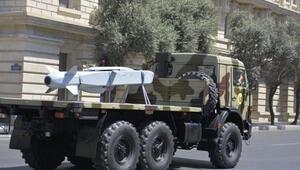 Tarihte bir ilk Milli füze SOM-B1 Azerbaycan Ordusu'nun geçit töreninde