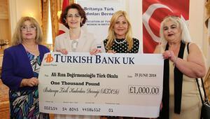 Londra'daki Türk okullarına bağış
