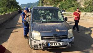 Taş ocağında patlatma heyelana neden oldu: 2si asker, 3 ağır yaralı (2)