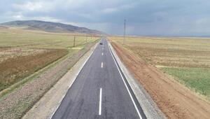 Kırşehir'de köy yolları da sıcak asfalt oluyor