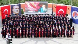 Tıp dünyasına 159 genç hekim