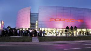 Şahenk, Lozan'daki Porsche'yi satıyor