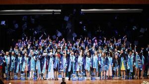 PAÜde tıp öğrencilerinin mezuniyet sevinci