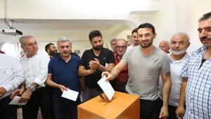 Beşiktaşlı eski futbolcu Ahmet Dursun, Tokatspor yönetiminde