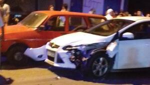 Hatayda zincirleme kaza, 9 araç birbirine girdi