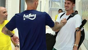 Fenerbahçede izinli futbolcular takıma katıldı