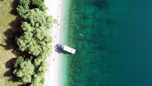 Van Gölünün saklı koyları