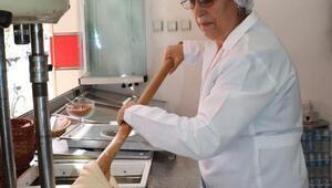 25 yıllık kadın dondurma ustası