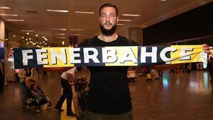 Joffrey Lauvergne Fenerbahçe için İstanbulda