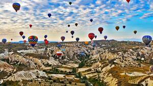 Kapadokyanın balonları 6 ayda 226 bin kişiyi uçurdu