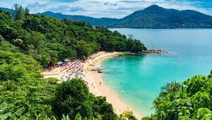 Tayland'da turist teknesi alabora oldu: 49 kişi kayıp