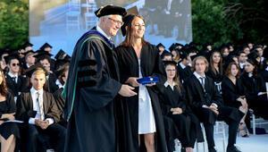 Köklü okulda mezuniyet coşkusu