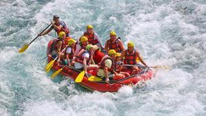 Köprülü Kanyonda rafting heyecanı