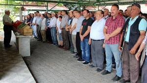 Kaçak ocaktaki göçükte ölen 2 madenci toprağa verildi