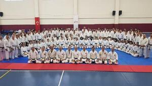 Karatede dan sınavı heyecanı