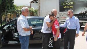 Amasyalı dünya 3'üncüsü güreşçi, memleketinde çiçeklerle karşılandı
