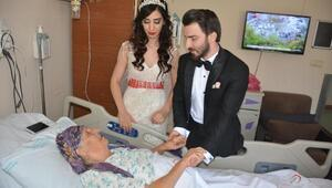 Gelinle damat, babaannelerini hastanede ziyaret etti