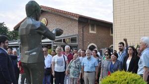 Ali İsmail Korkmaz, Eskişehirde heykelinin önünde anıldı