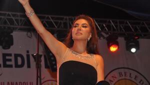 Ebru Yaşardan Tatvanda konser
