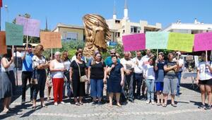 Gazipaşada çocuk istismarı protestosu