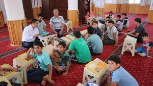 Kaymakam Kılınç, yaz Kuran kurslarını ziyaret etti