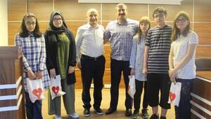 Çayeli'de LGS'de başarılı olan öğrenciler ödül