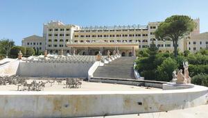 Dev oteli personel yağmaladı Zarar 5 milyon, borç 115 milyon Euro