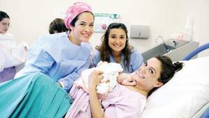 Türkiye'de gebelik  doğal bir süreç değil, hastalık gibi algılanıyor