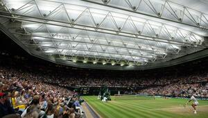 Wimbledonda Djokovic-Nadal maçına erteleme