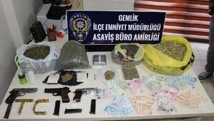 Bursada uyuşturucu operasyonuna 2 gözaltı