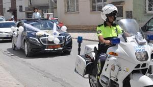 Valinin makam aracı, şehit polisin çocuğu için sünnet arabası oldu